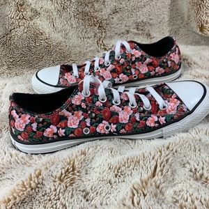 9c1d3d0b6e37 Women s Floral Converse Shoes on Poshmark